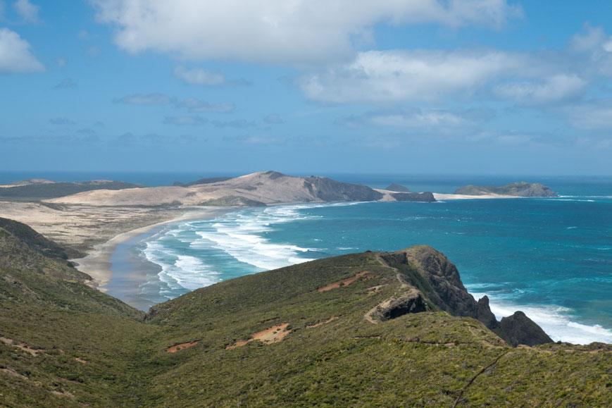 Te Werahi Beach westlich vom Cape Reinga