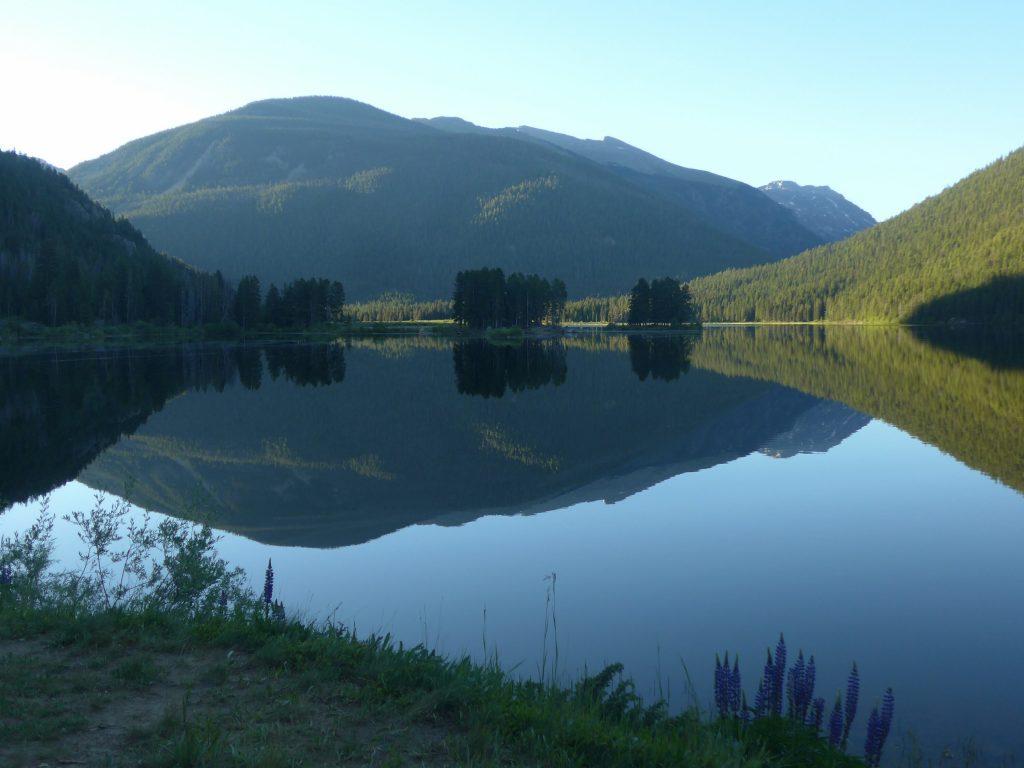 Monarch Lake am frühen Morgen